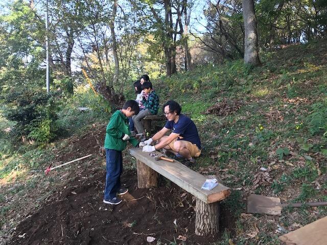 ベンチを手作り!里山なかま11月