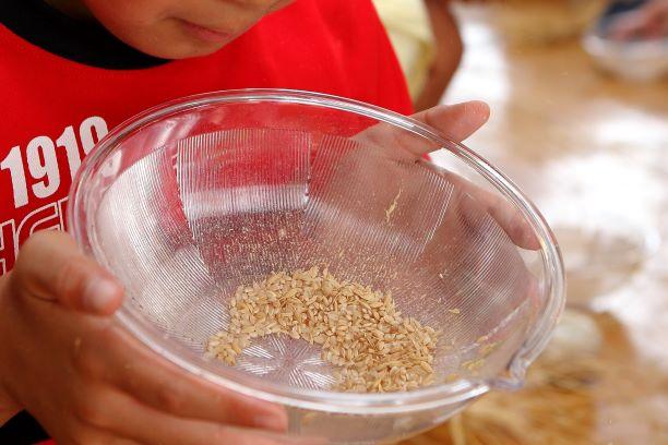 ★籾殻(もみがら)を取り除きましょう★