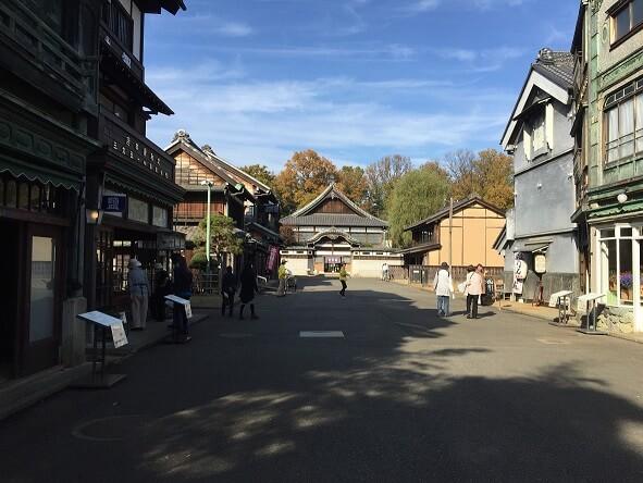 【活動報告】くらしの本棚委員会「定例会 江戸東京たてもの園」